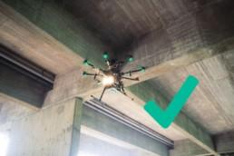 Inspektion Drohne unter Brücke als günstige Alternative